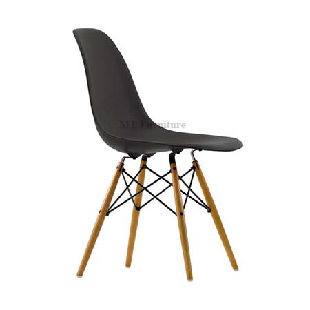 DSW PP chair